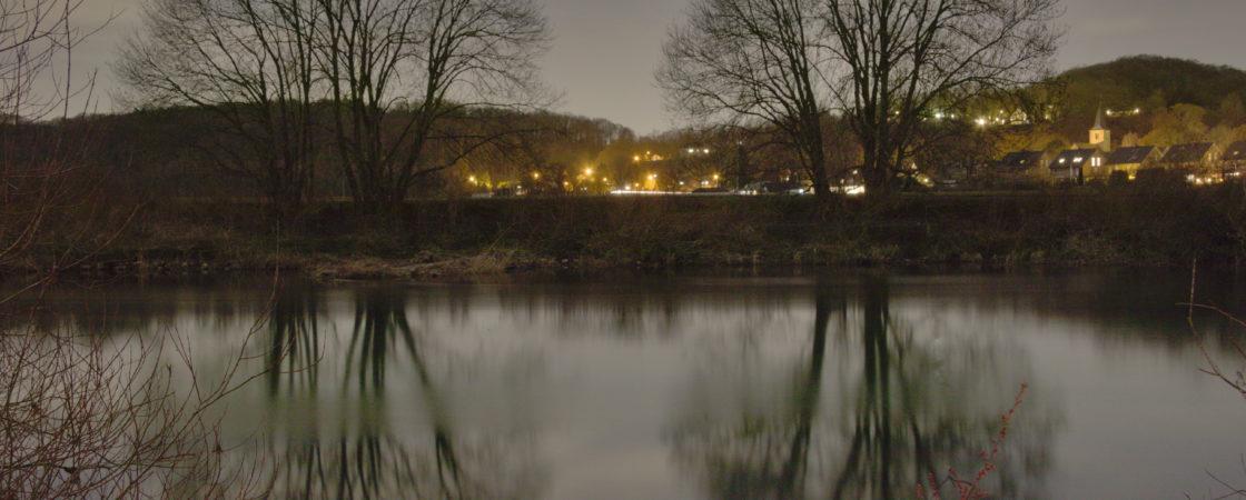 An der Ruhr bei Nacht
